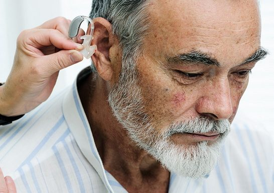 Finding the Best Hearing Aid Company – A Guide to Choosing Which Hearing Aid Brands Are Right for You