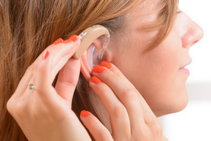 Features Of Analog and Digital Hearing Aids